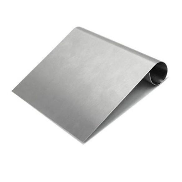 Nagy mércés tortavágó, kaparó és spatula